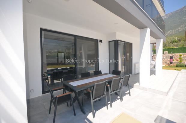 15. Terrace Balcony, from Lounge