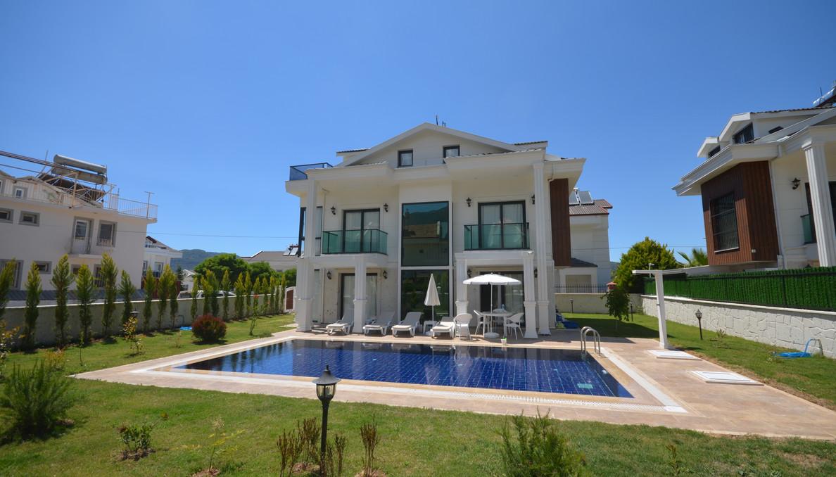 Fully Furnished Resale Villa