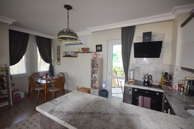 Refitted, High Quality Kitchen