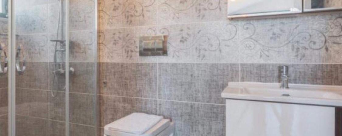 4 Ensuite bathrooms