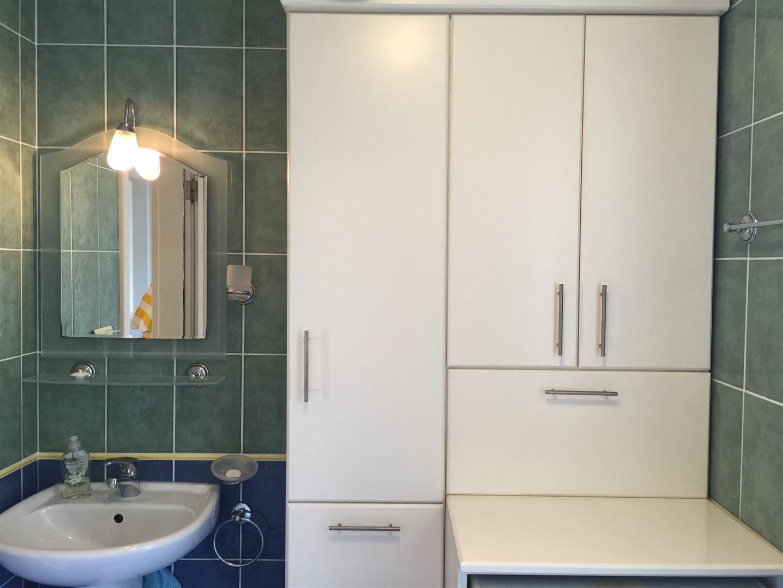 Bathroom units_resized