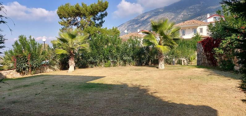 Private Enclosed Gardens