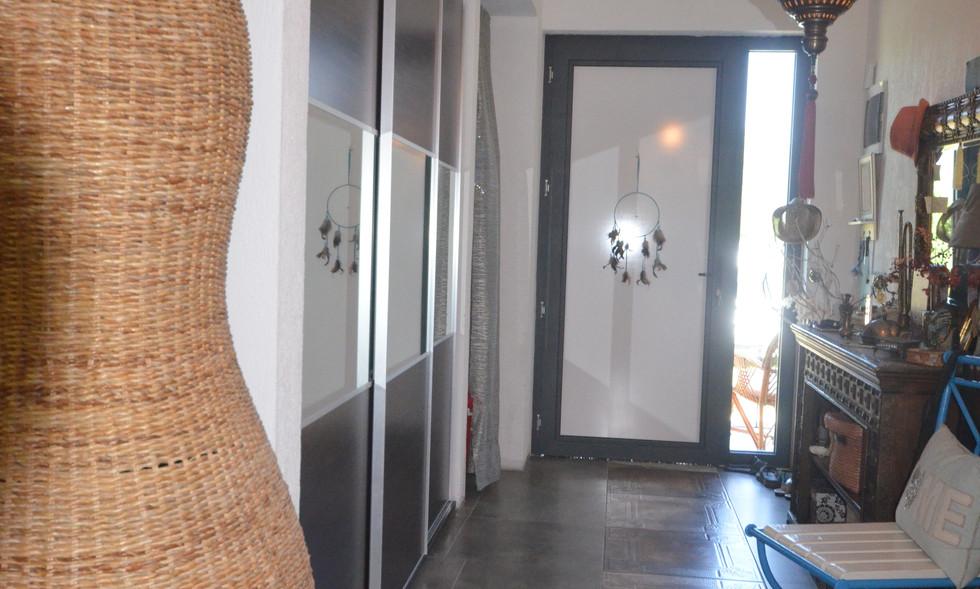 Entrance hallway storage