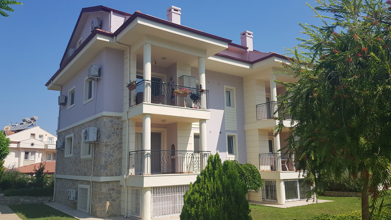 Modern Upper Duplex