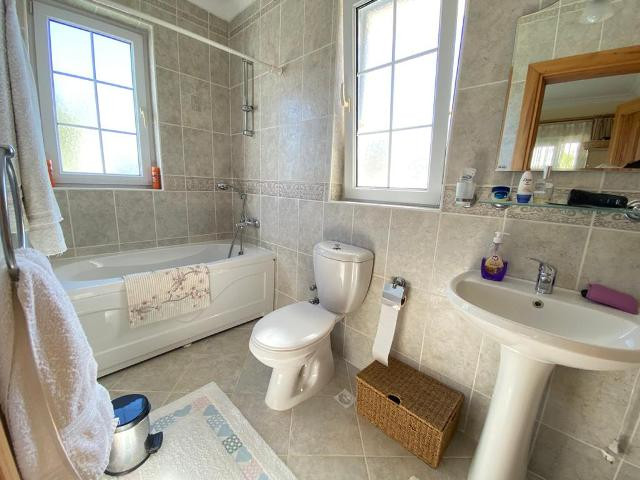 First floor family bathroom