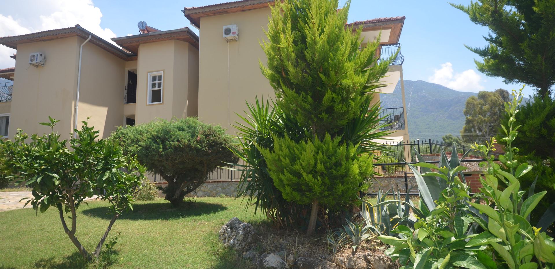 Rear Aspect/Communal Gardens