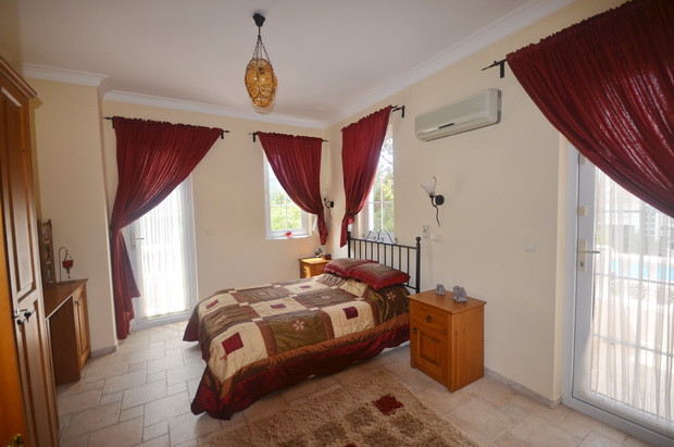 Villa Two, Master with En-Suite