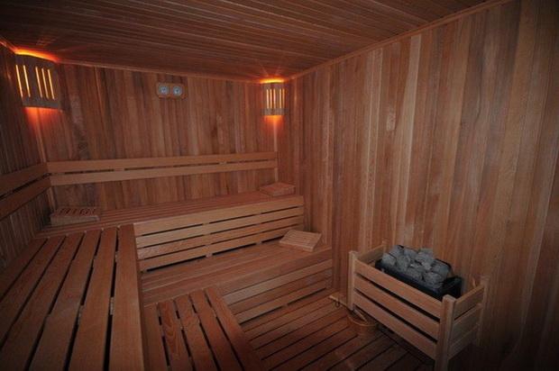 7. evergreen sauna