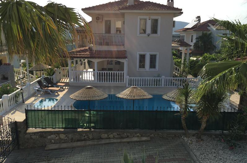 Villa 2.jpeg