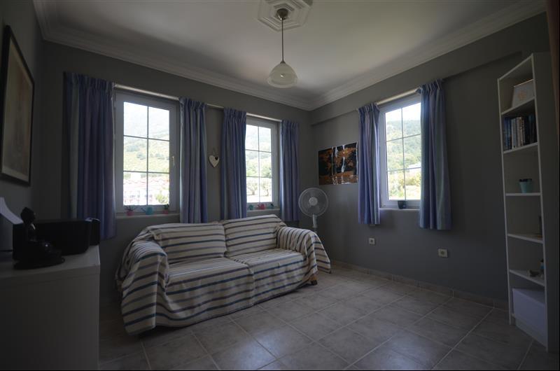 Bedroom 2 as 2nd lounge