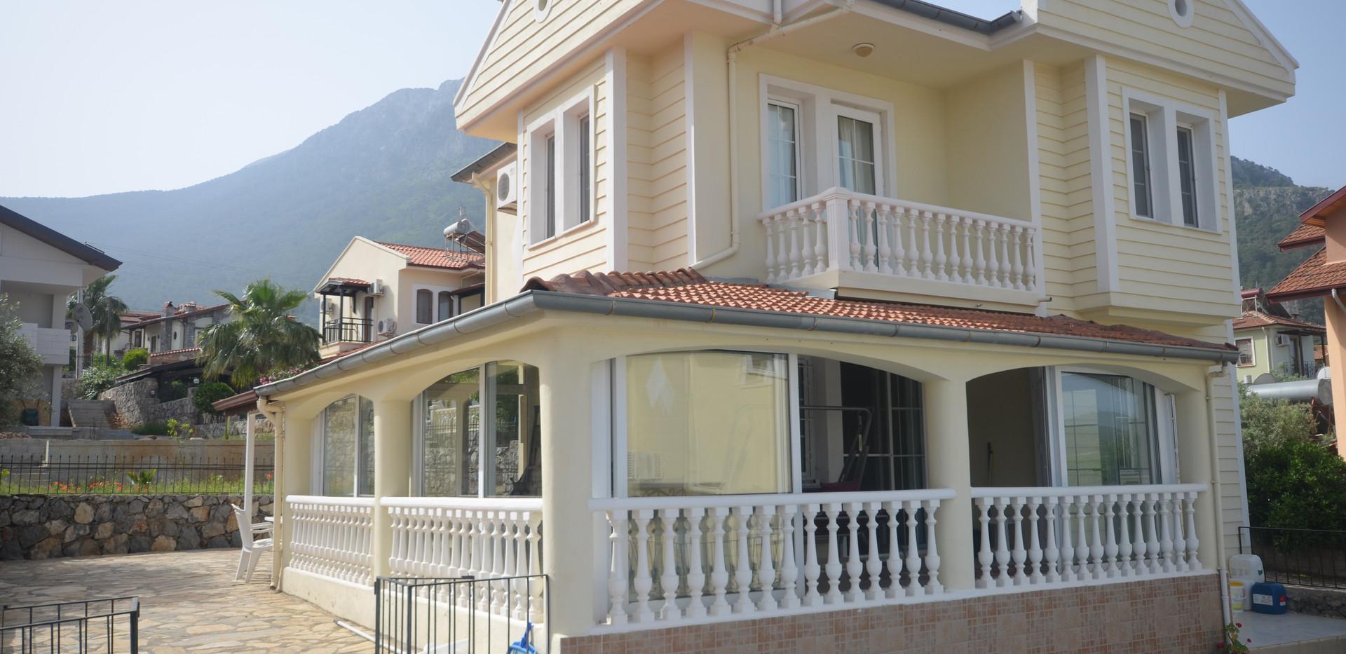 Conservatory Style Balcony