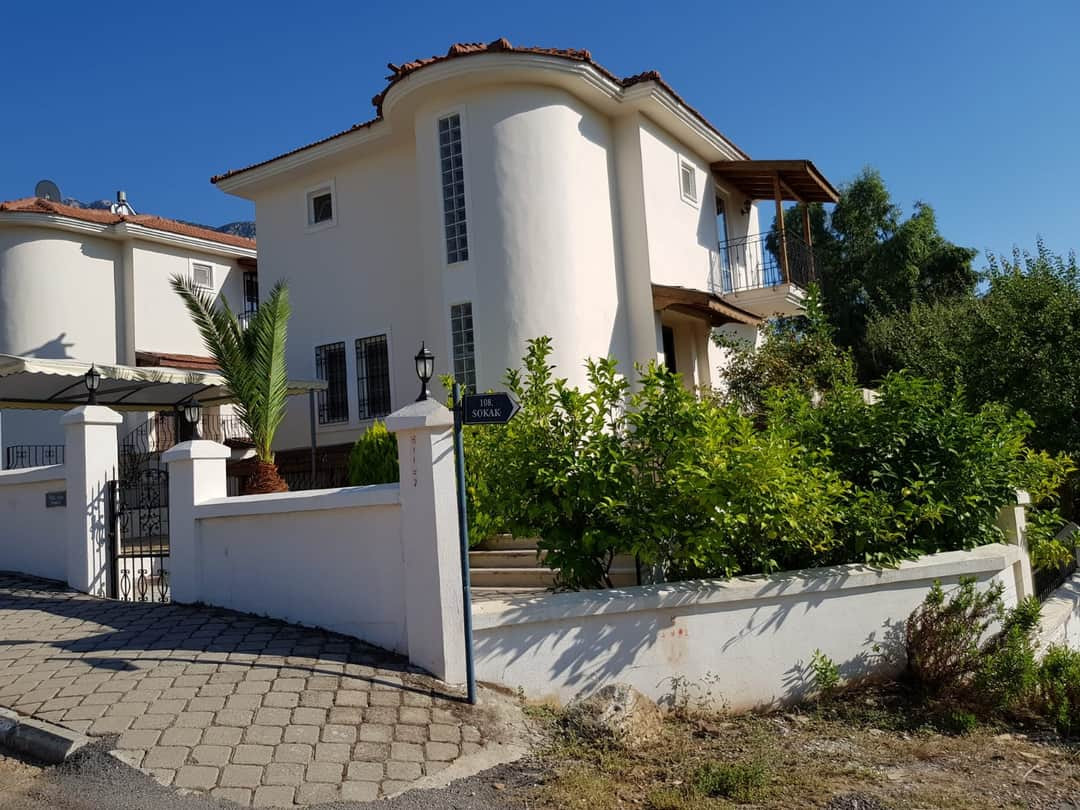 Resale Villa