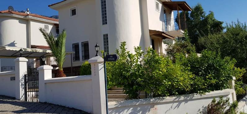 Resale Villa