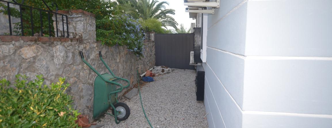 Side Boundary Wall