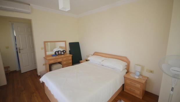 11b. bedroom one_resize.JPG