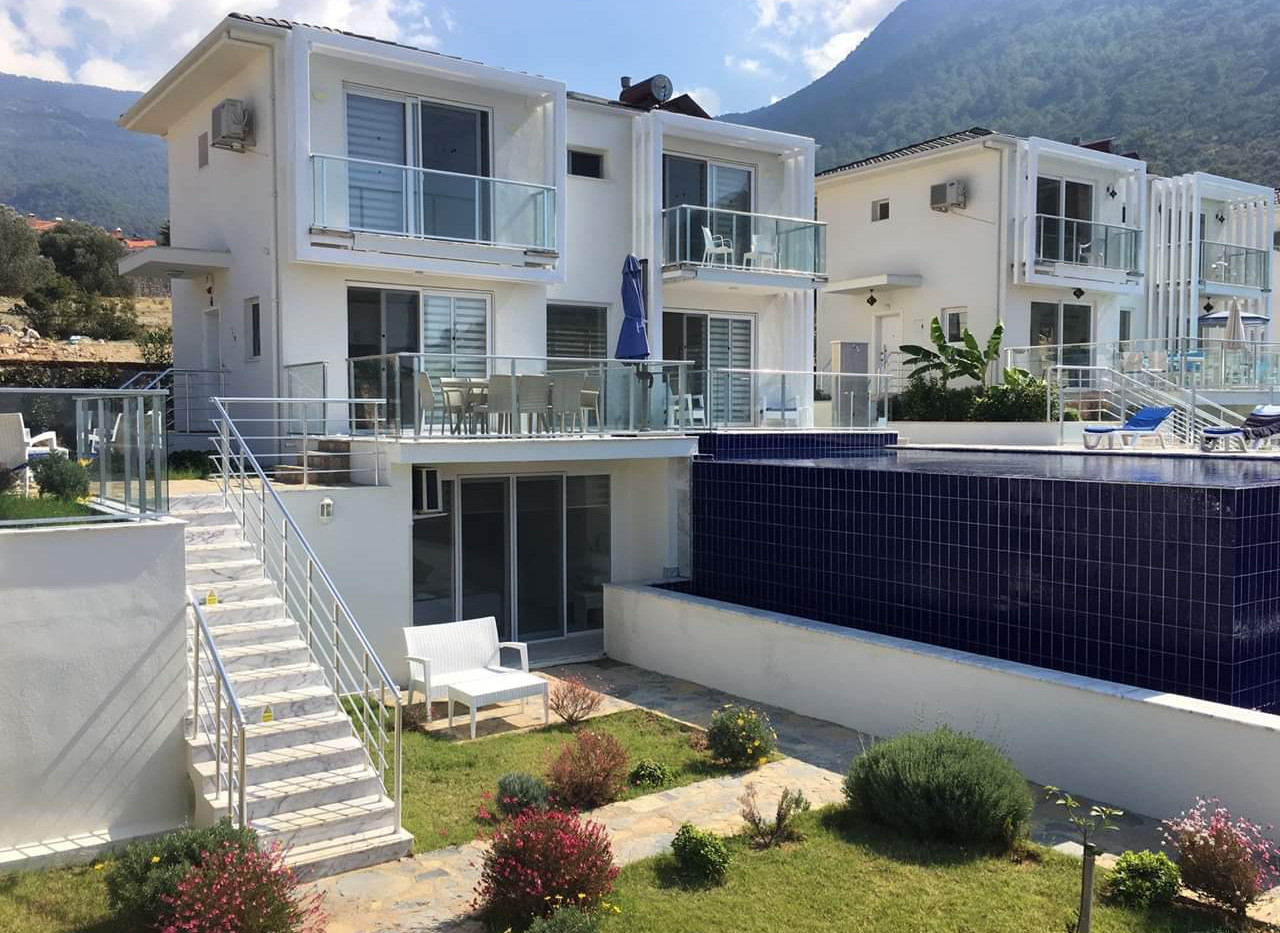 Luxury Resale Villa