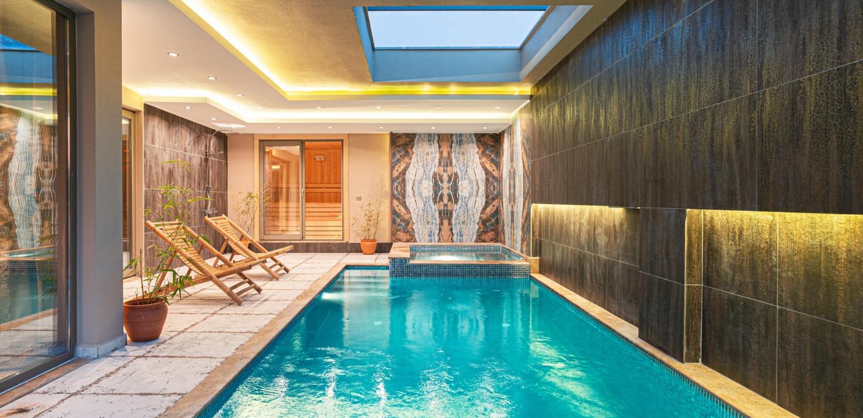 Indoor pool 3.jpeg