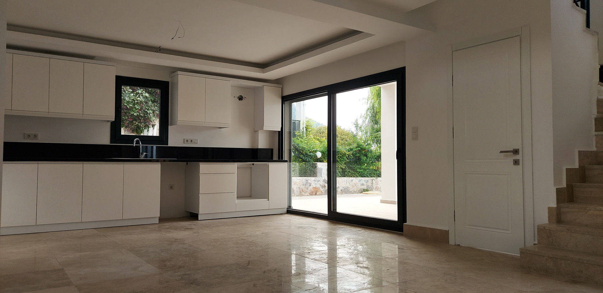 Kitchen has Dining Terrace Off