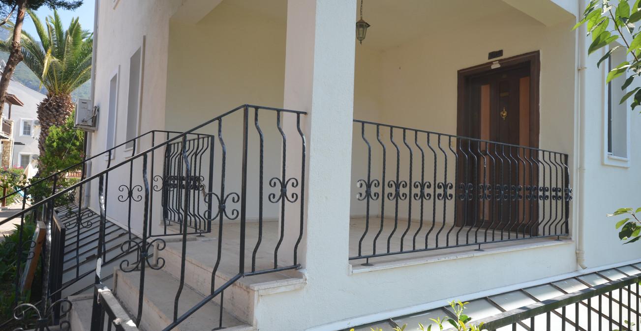 Private Entrance Porch