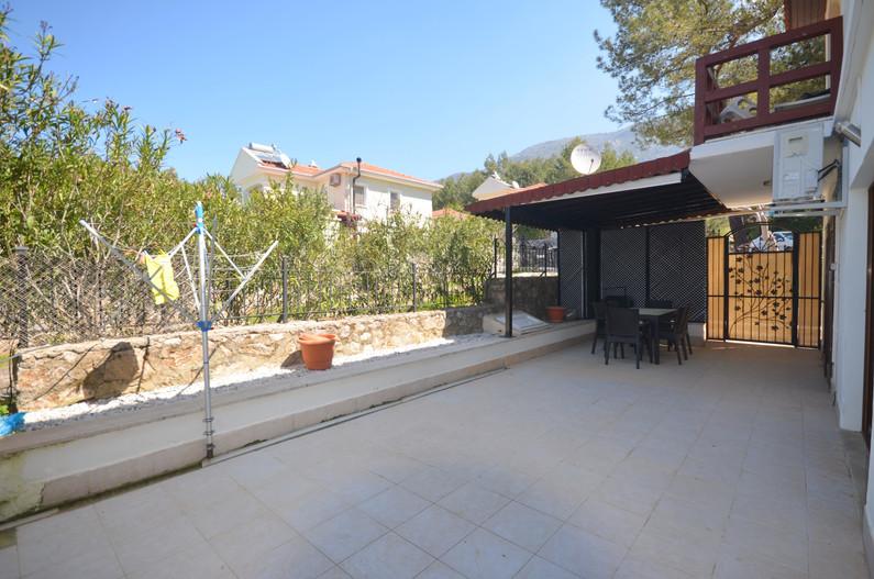 Extensive Outdoor Living Space