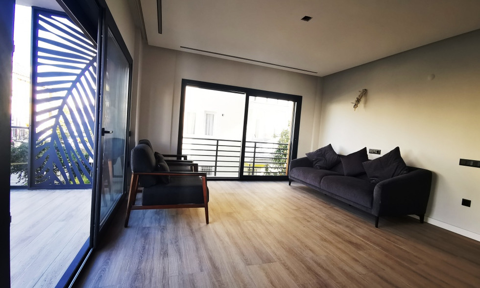 Bright n Airy Lounge