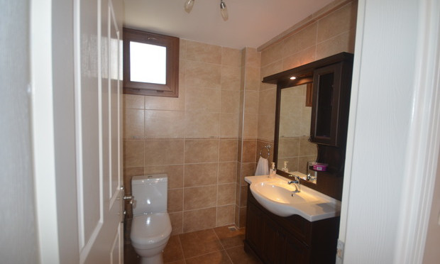 14. wc for living area_resize.JPG