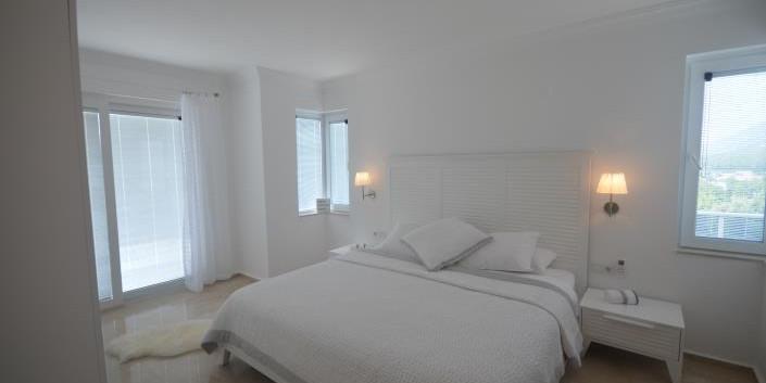 18. bedroom two.jpg