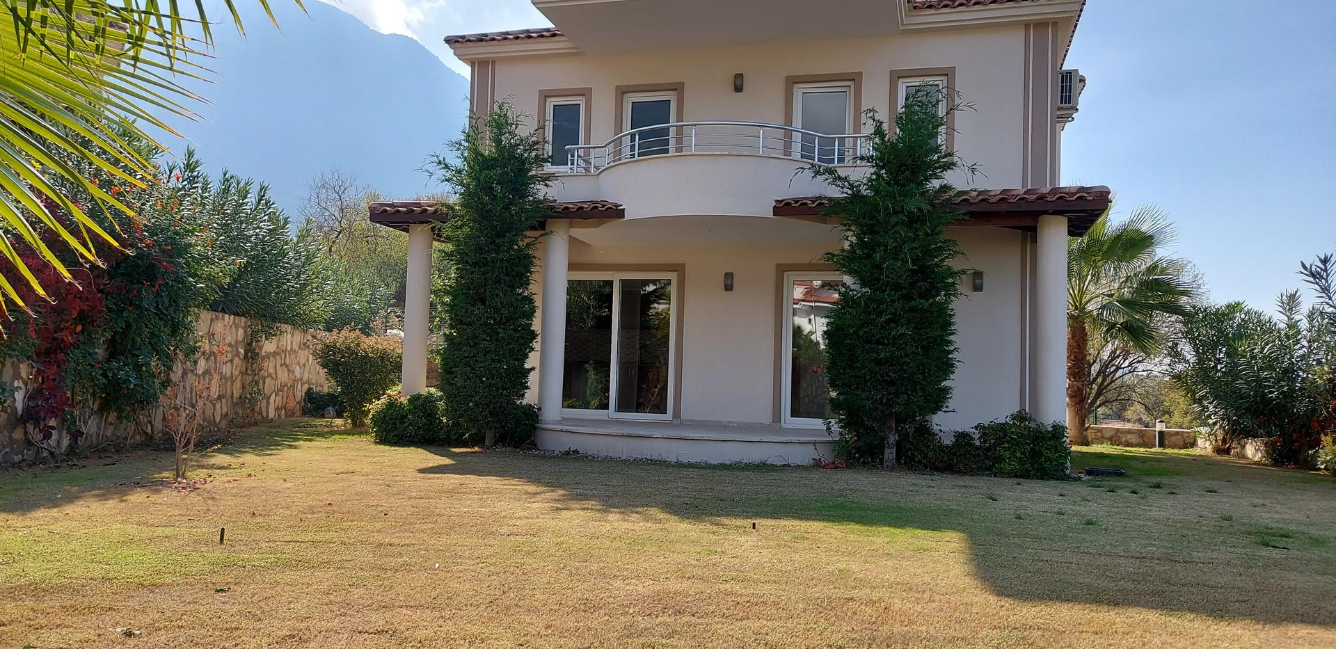 Detached Villa, Private Garden