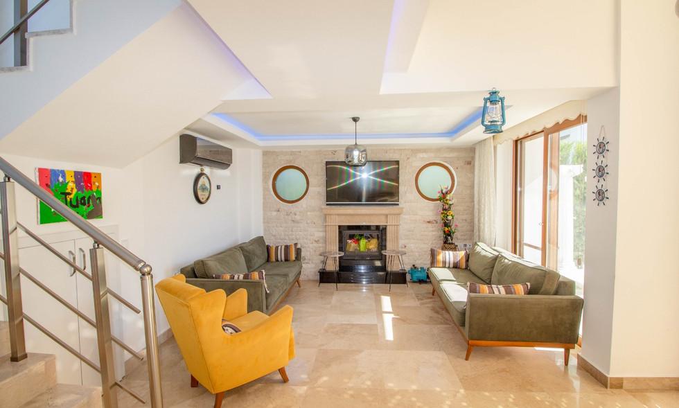Modern Lounge
