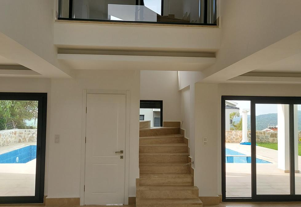 Marble Stairs/Gallery Landing