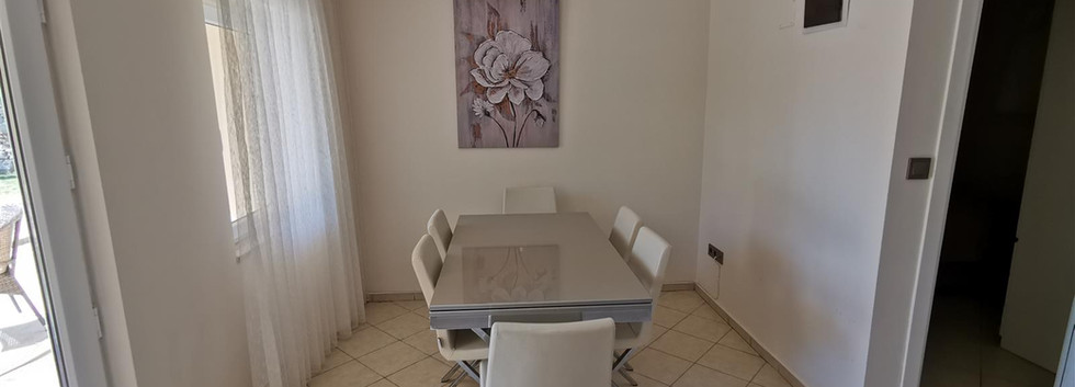 2nd Dining area