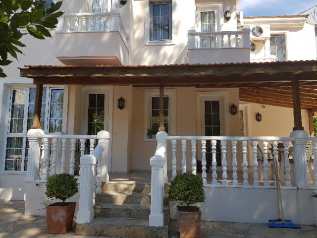 Villa One, Steps to Gardens