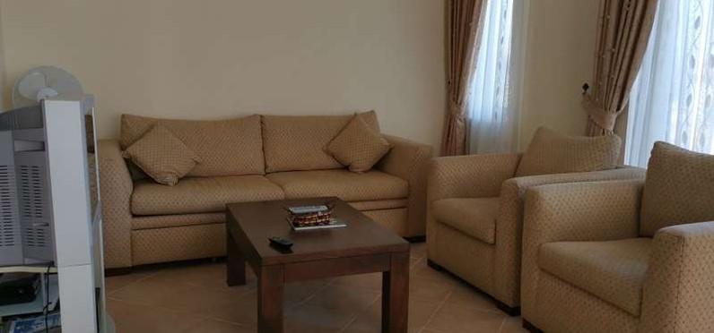 5. lounge.jpg