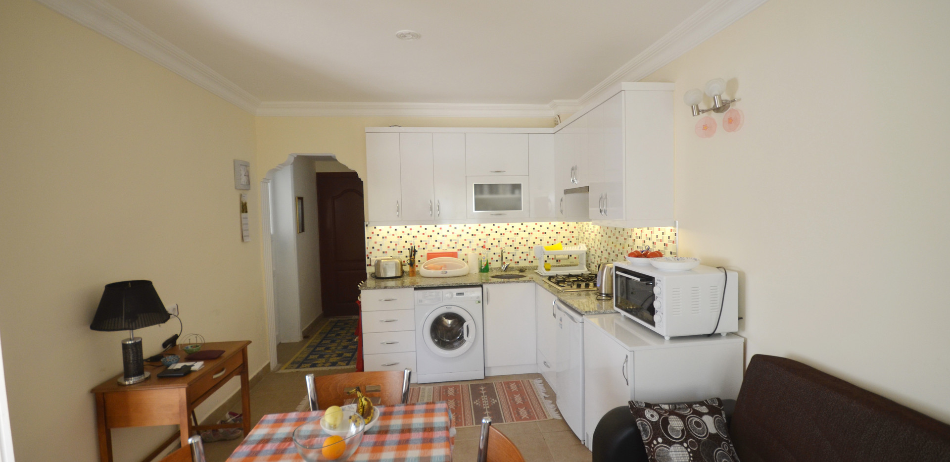 Dining/Lounge/Kitchen