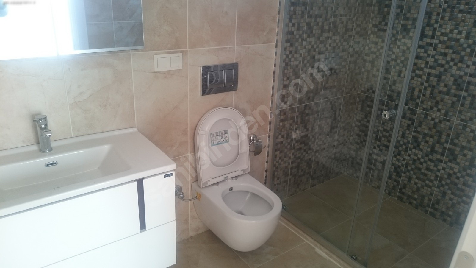 9. ensuite bathroom