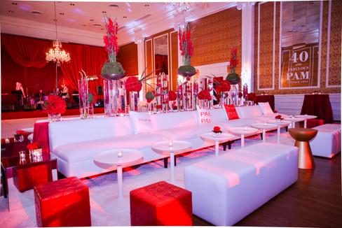 Ultimate Lounge Area