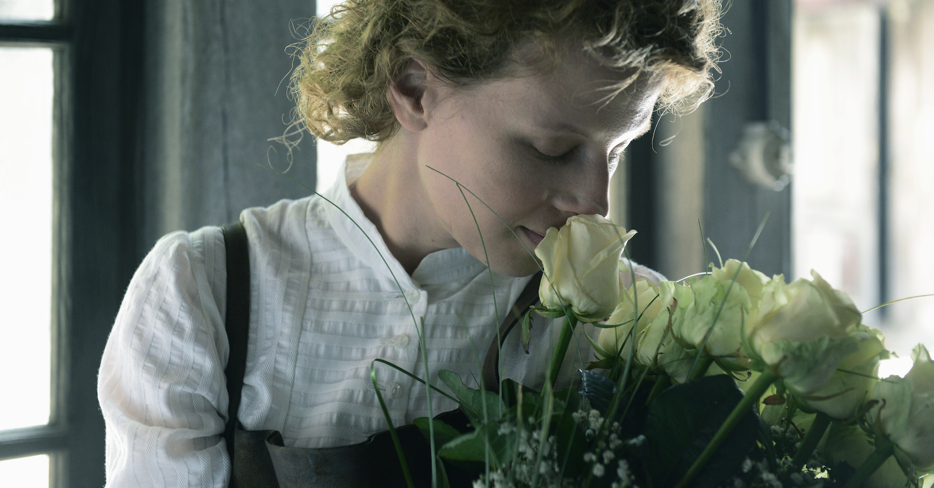 MARIE CURIE,THE COURAGE OF KNOWLEDGE