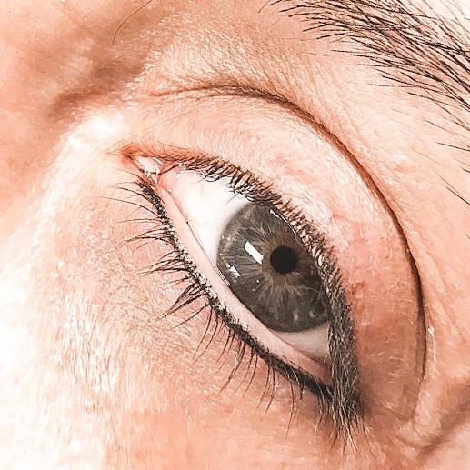 Eyeliner Bottom