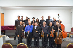 Orquestra Tocando a Vida e o Solista