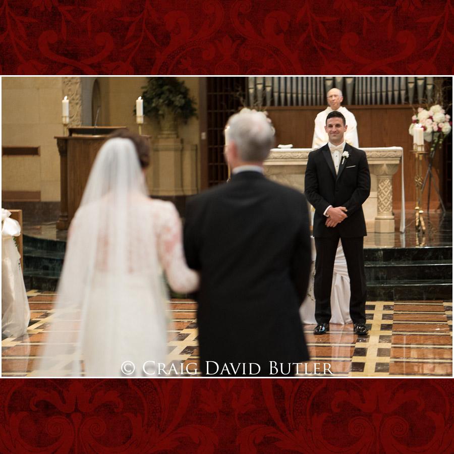 StJohns-PlymouthMI-Wedding-Photos-1028