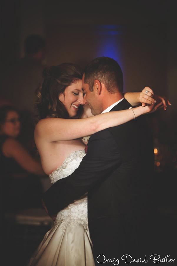 First Dance Brighton Wedding Photographer - Craig David Butler - Oak Pointe CC