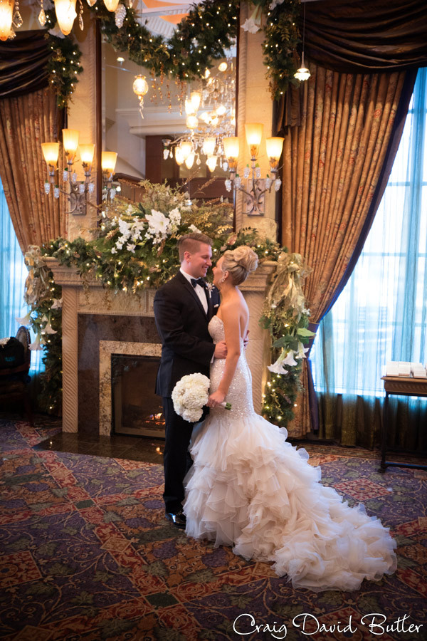Bride & Groom Photos, Winter wedding at the Reserve in Birmingham MI - Craig David Butler