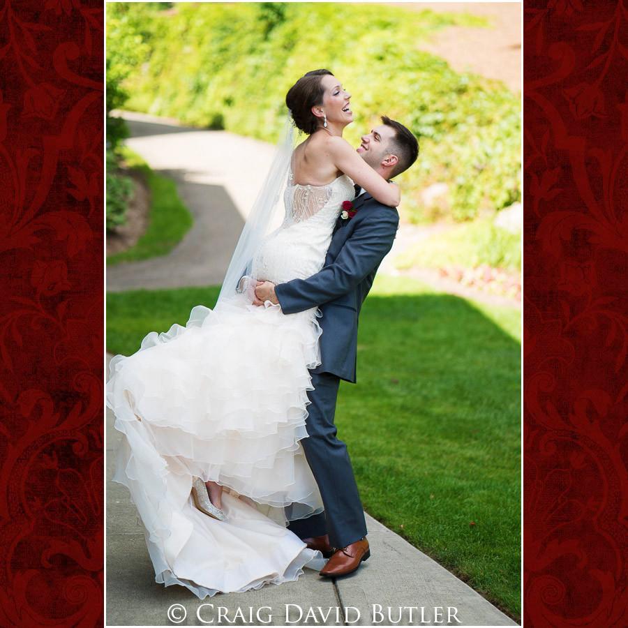 Bride & Groom posed photos Clarkston Wedding Photographer - Oakhurst CC, Craig David Butler