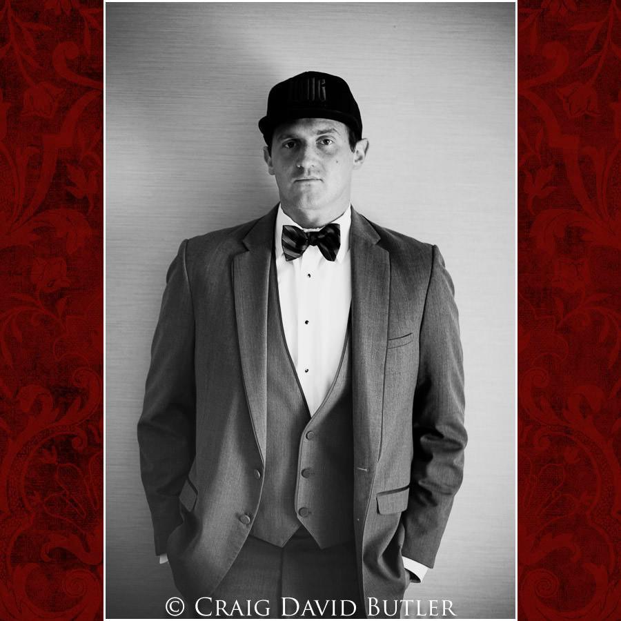 Groom Poses - Michigan-Wedding-Photographer-Novi-CraigDavidButler