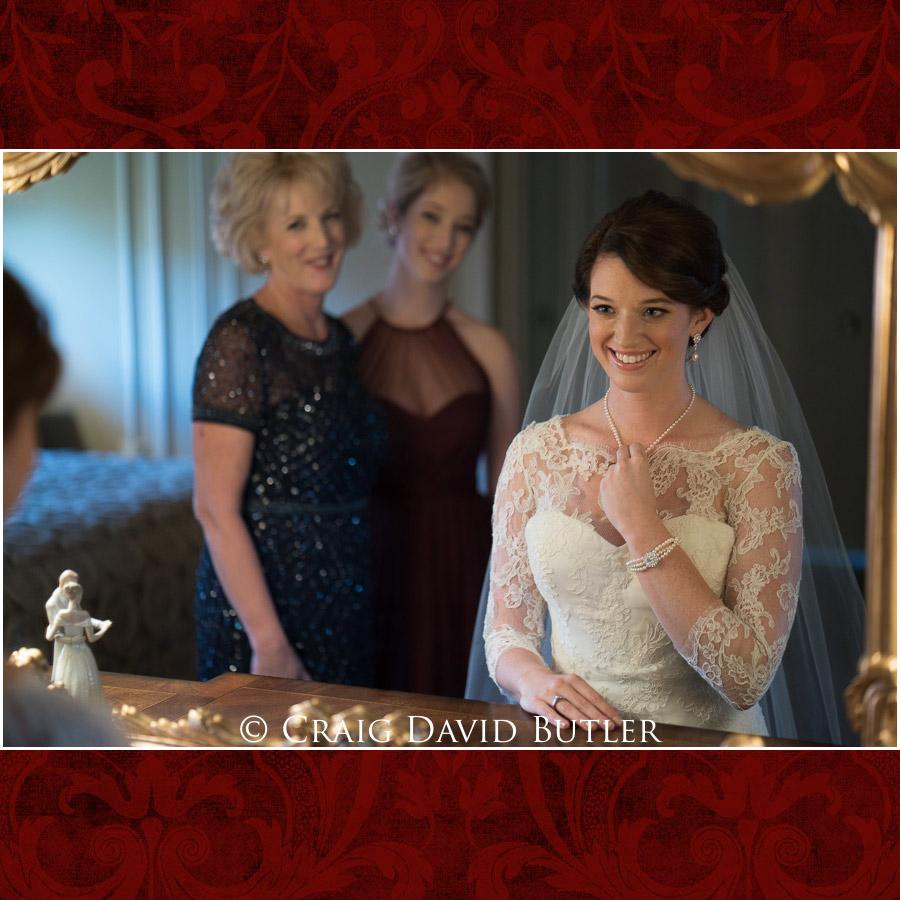 StJohns-PlymouthMI-Wedding-Photos-1016