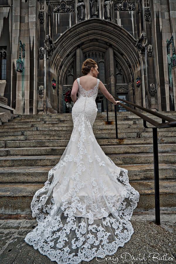 Bride heading to Masonic temple Masonic Temple Detroit MI- Wedding Photographer Craig David Butler
