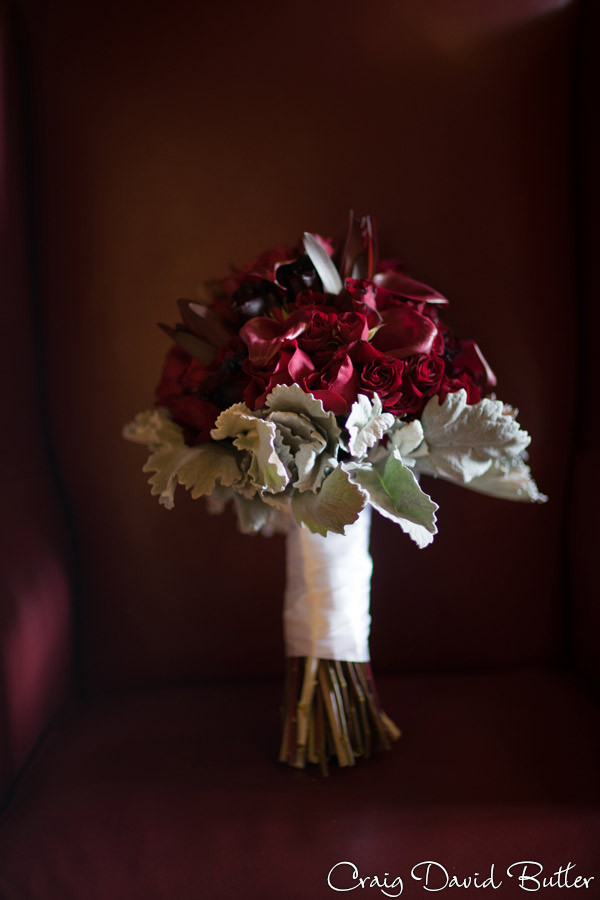 bold and rich Wedding bouquet