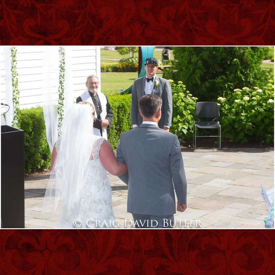 Michigan-Wedding-Photographer-Novi-CraigDavidButler