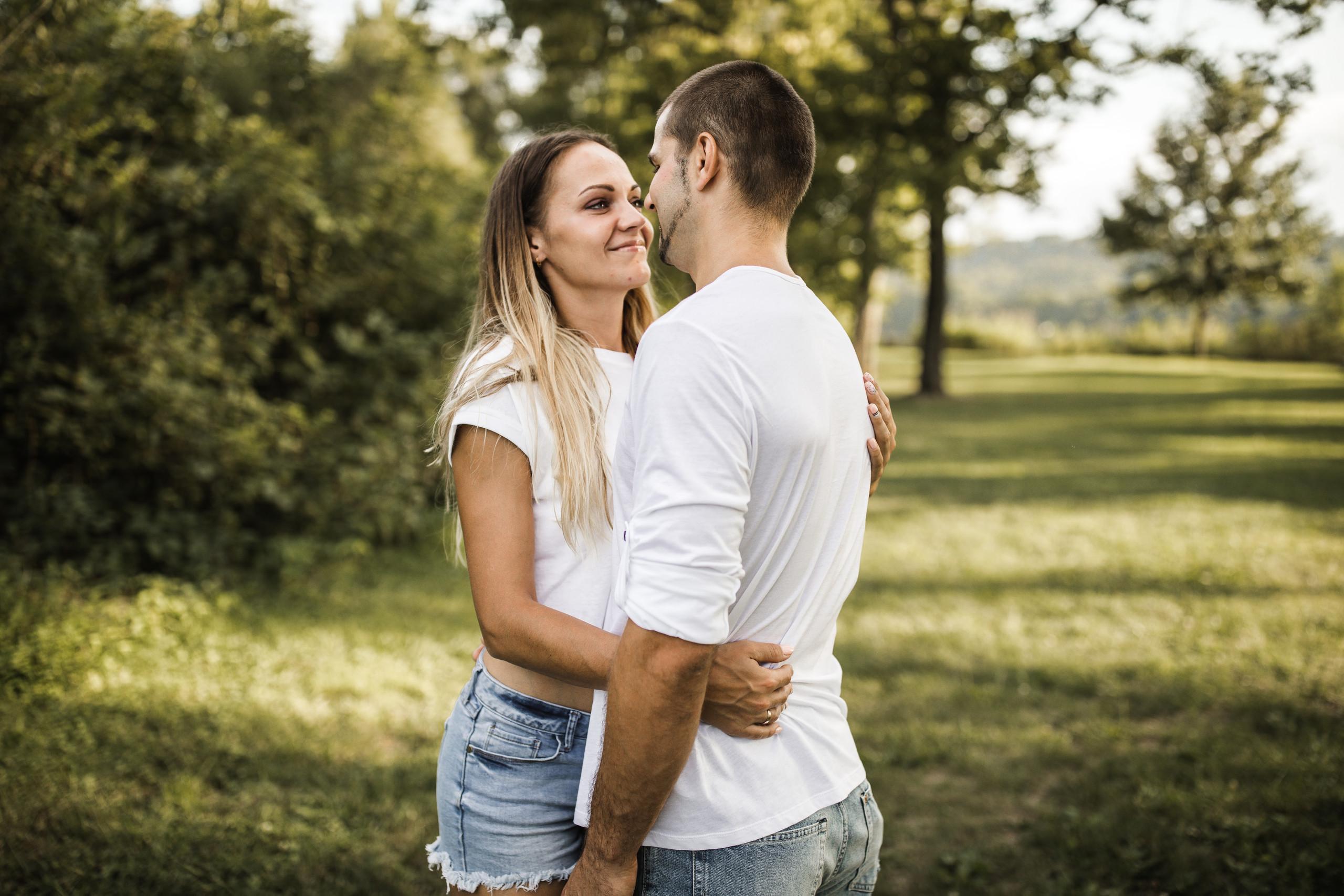 wedding photography, iryna scarola, family photography, ohio, cincinnati photographer, ohio weddings, couple photos, love, cincinnati photos