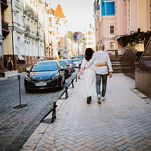 Love Story, Lesya and Vlad
